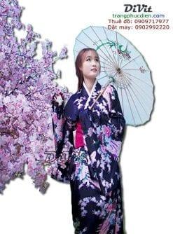 trang-phuc-kimono-den