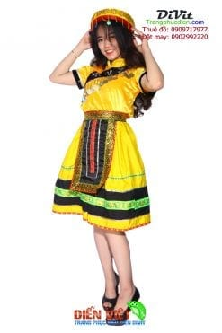 may-trang-phuc-dan-toc-hmong-hcm