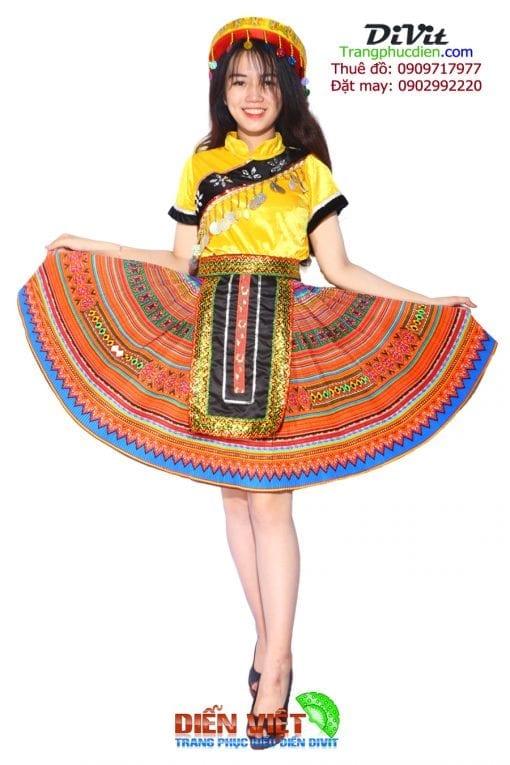 thue-vay-tho-cam-dan-toc-hmong-meo