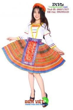 trang-phuc-bieu-dien-dan-toc-hmong
