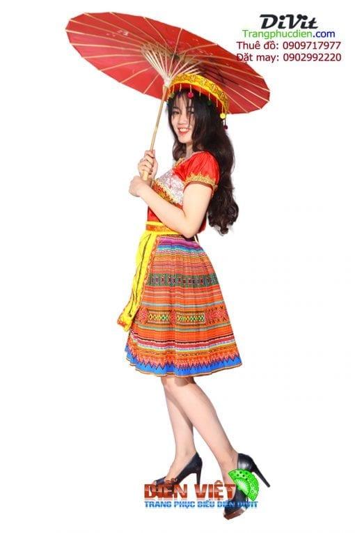 trang-phuc-dan-toc-hmong-tho-cam (2)