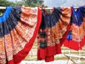 váy dân tộc mông