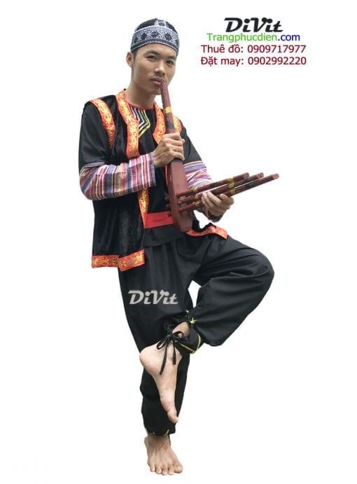 trang-phuc-hmong-nam