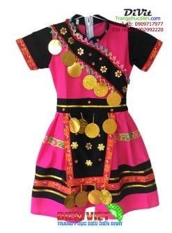 trang-phuc-dan-toc-hmong-tre-em
